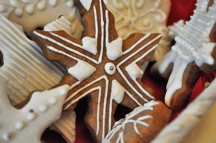 пряники на заказ с логотипом снежинки